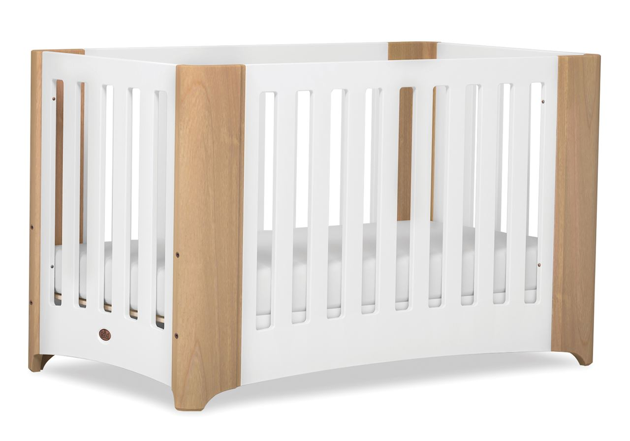 Dawn Expandable Cot bed - Beech and White