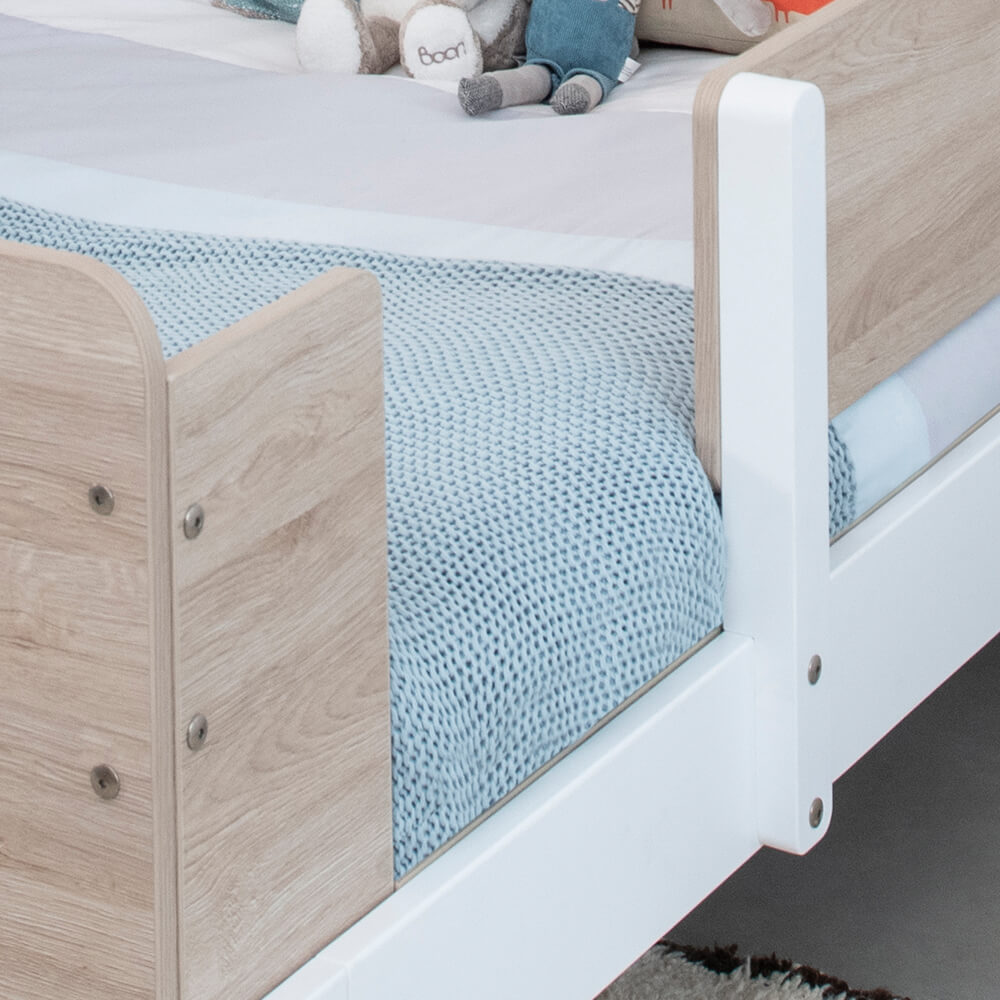 Product_Page_Lifestyles_1000_x_1000_Natty_Guarded_Single_Bed_BAOA_-04