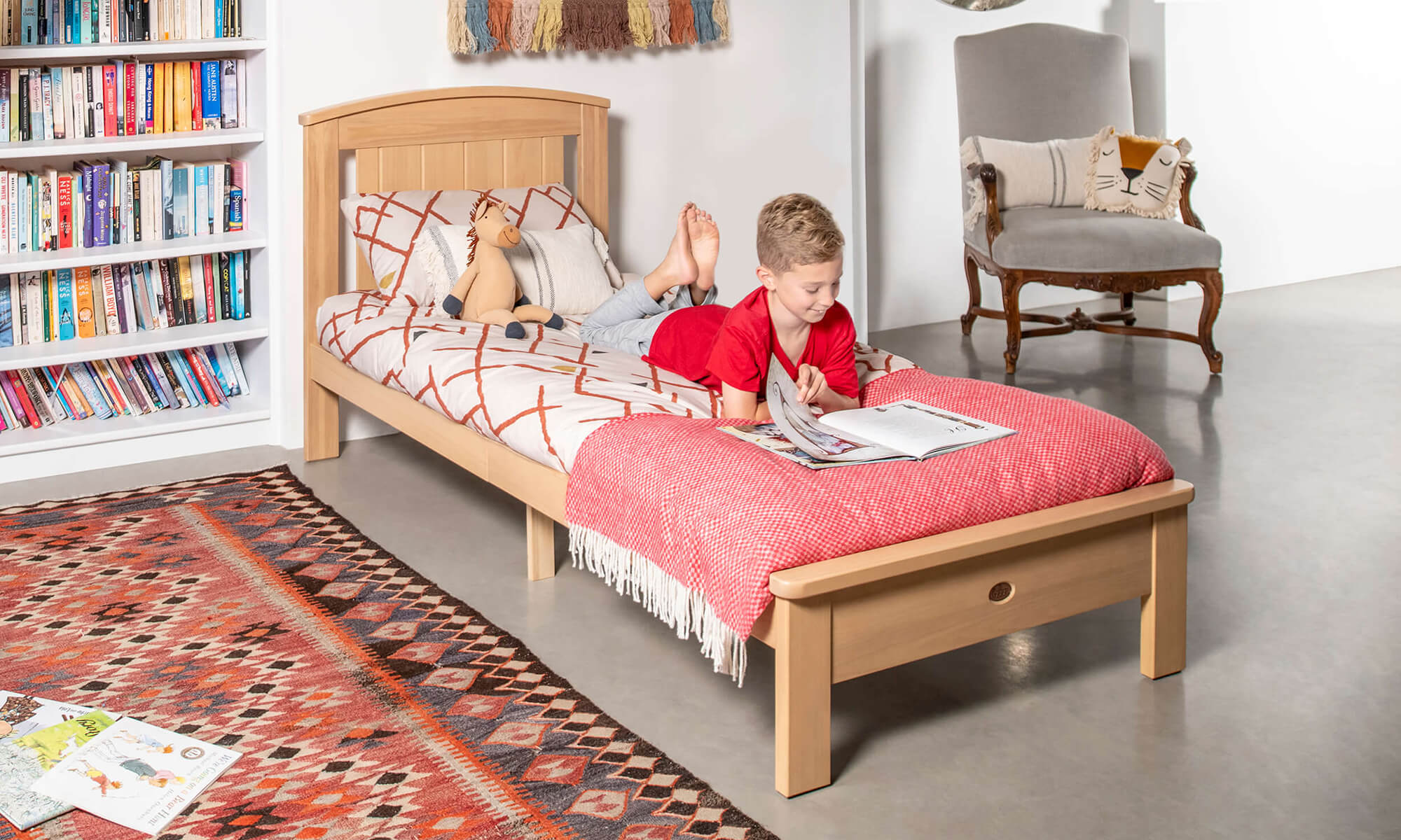 Product_Page_Lifestyles_1000_x_600_Casa_Single_Bed_Almond_FORWEB__2x