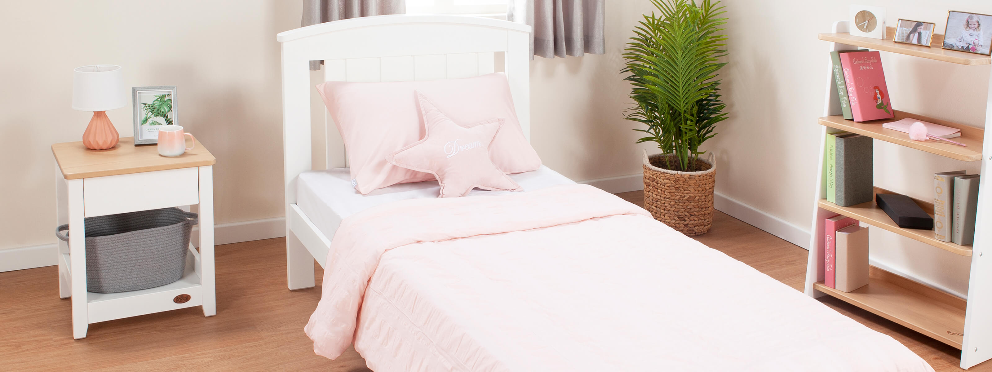 Product_Page_Lifestyles_1600_x_600_Casa_single_Bed_White_FORWEB__2