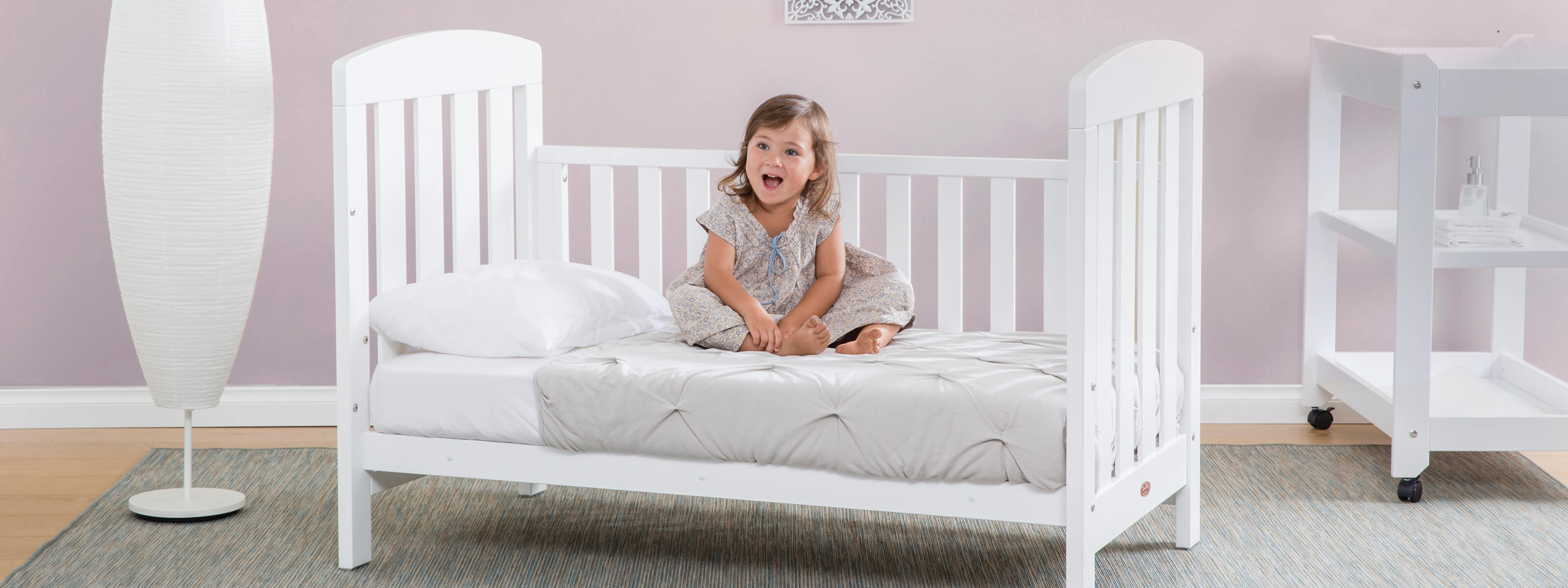 Product_Page_Lifestyle_1600_x_600_Alice_Cot_Bed_White__FORWEB__2x