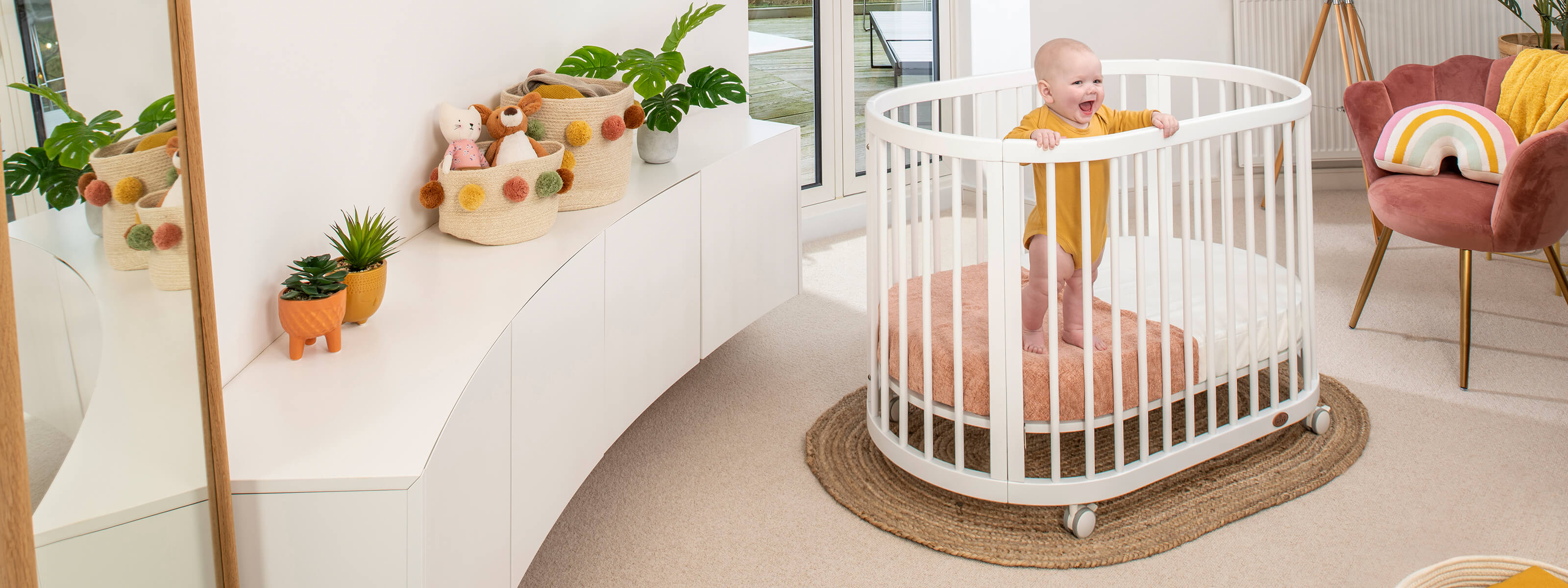 Product_Page_Lifestyle_1600_x_600_Oasis_Oval_Cot_Barley_White__Low_Position-02_FORWEB__2x