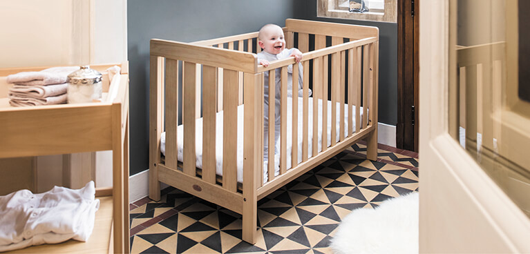Web_Lifestyle_Images_MOBILE__767_x_368_Daintree_Cot_Bed