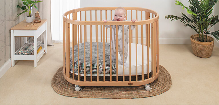 Web_Lifestyle_Images_MOBILE__767_x_368_Oasis_Cot_Beech_