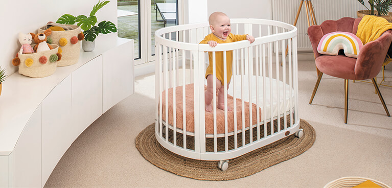 Web_Lifestyle_Images_MOBILE__767_x_368_Oasis_Cot_White_