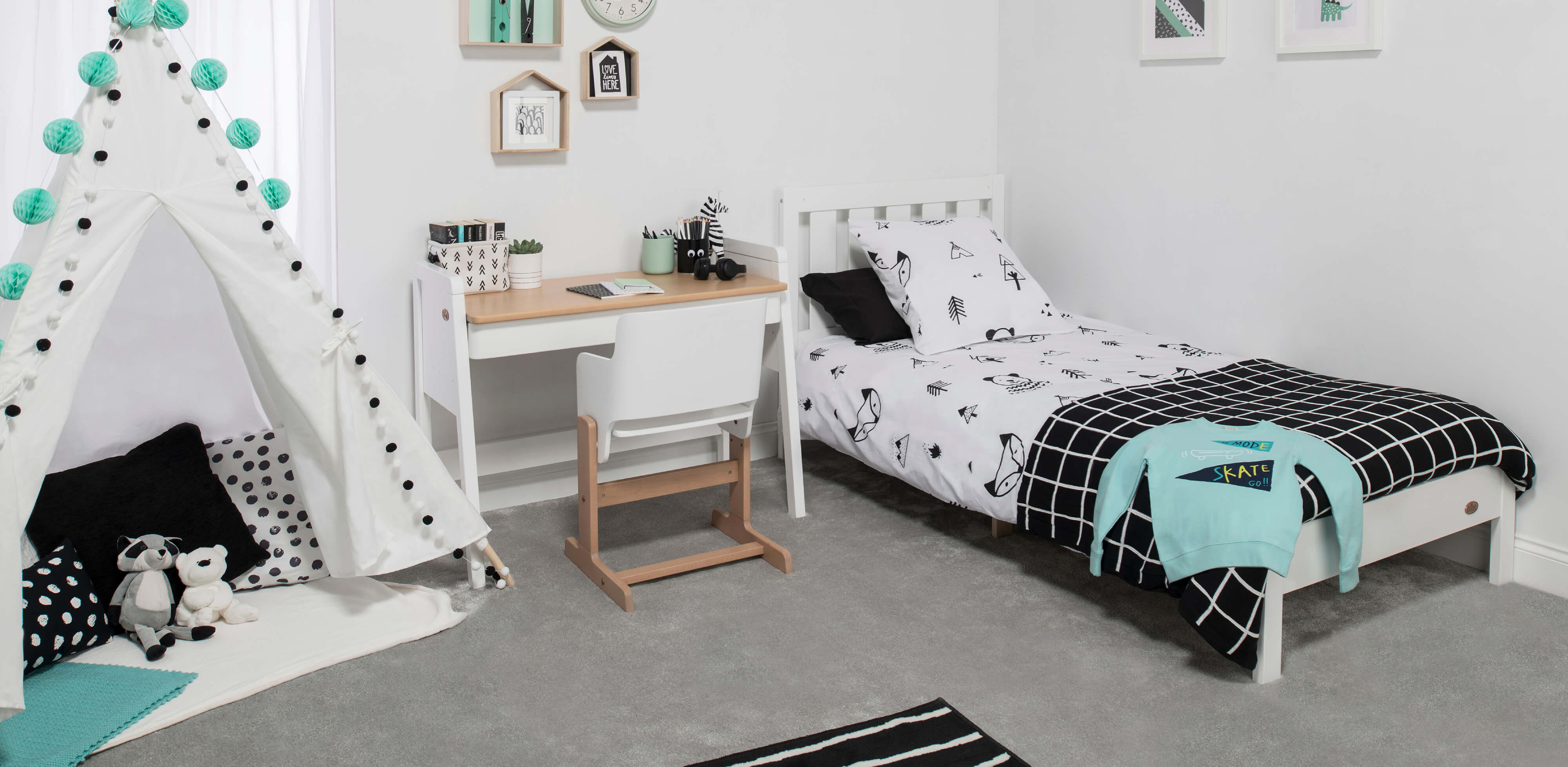 Lifestyle of Tidy Single Bed
