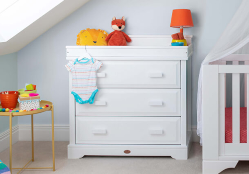 3 Drawer Dresser (with Squared Changing Station)