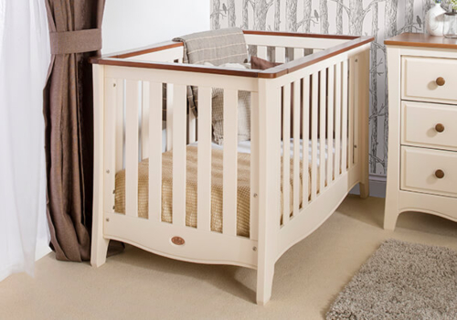 Provence Expandable Cot Bed